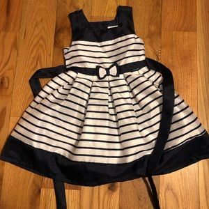 2/$20 // JONA MICHELLE Toddler Dress